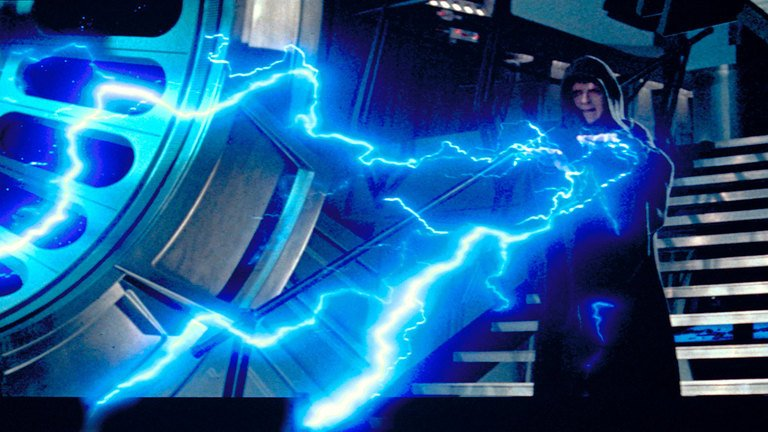 Palpatine using force lightning in Episode 6